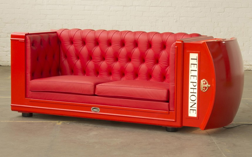 phone_box_sofa.jpg