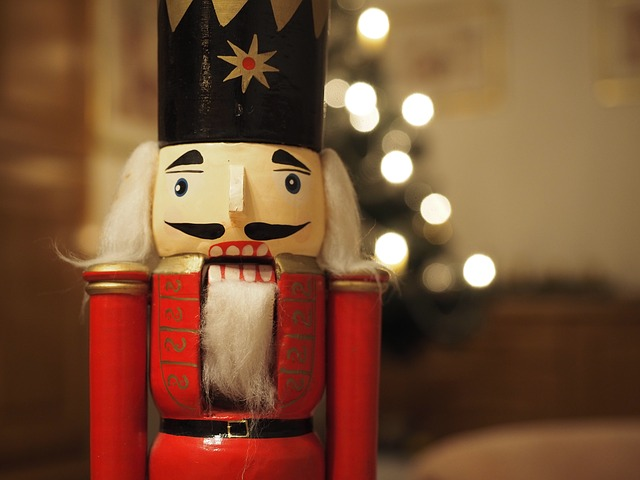 24_days_of_christmas_2016_hoffmann_nutcracker.jpg