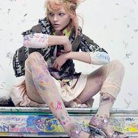 Sasha Pivovarova szinesceruzákkal álmodik