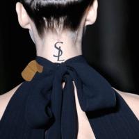 Yves Saint Laurent tetoválás?!