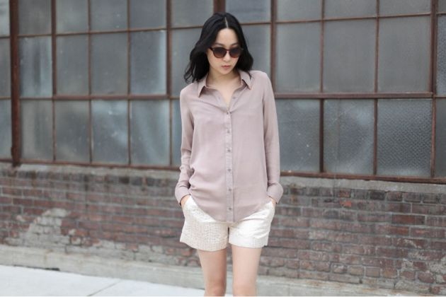 cut-out-back-shirt-03_matte_950_634.jpg