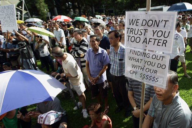 singaporeans-protest-against-central-provident.jpg