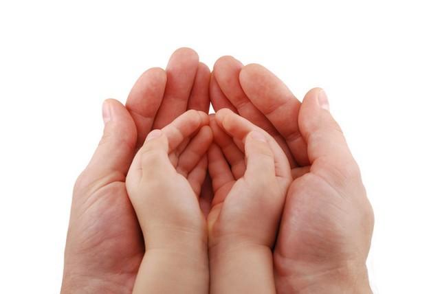 kezek_1.jpg