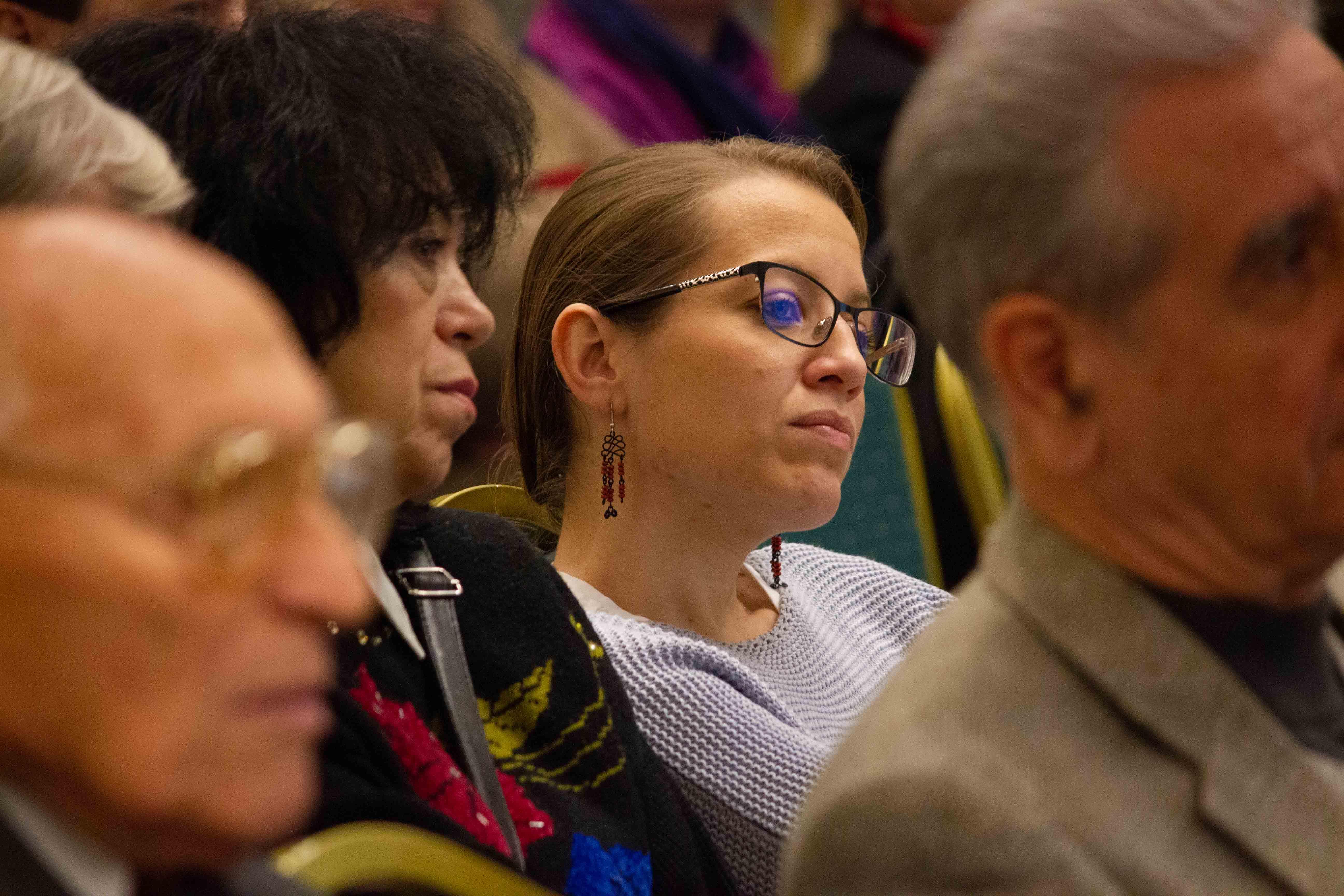 A közönség érdeklődve figyelt (Fotó: Terjéki Tamás és Muszka Ágnes)