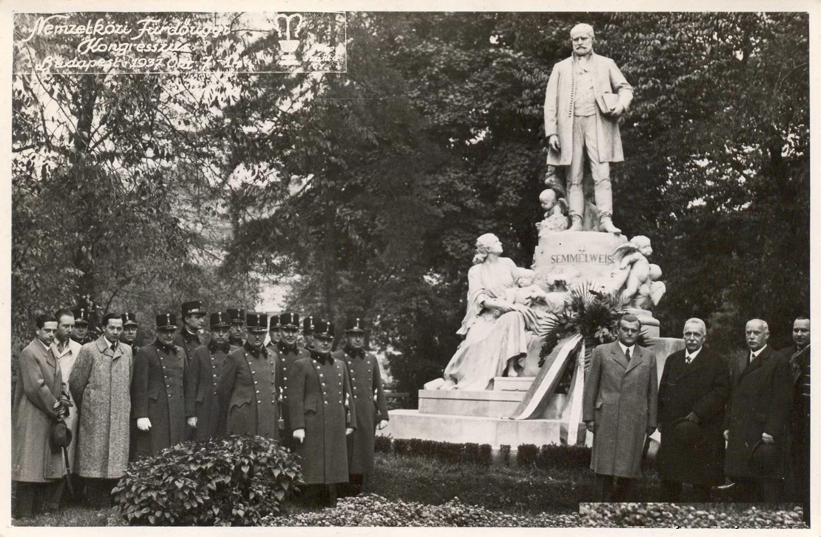 semmelweis-szobor.jpg