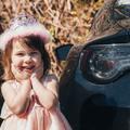 Tényleg a forró kocsi a legjobb hely a gyerekednek?