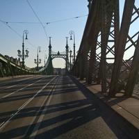 Volt egy nyár, volt egy híd