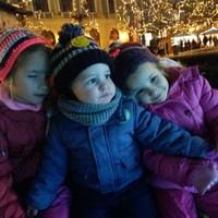 Mi teszi boldoggá a gyerekeket? - Adventi gondolatok