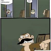 Apaa, egy gonosz majom van a szekrénybe!