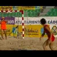 Strand, homok, labda...a többi jön magától!