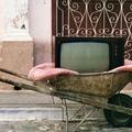 Tévé a talicskán!