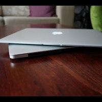 Melyiket inkább: az új MacBook Airt vagy a Prót? Videóteszt!
