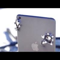 Megdöbbentő: az iPad mini nem bírja, ha 50-es kaliberrel lősz rá