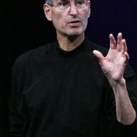 Steve Jobs továbbra is az Apple vezére