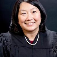 Kiakadt a bírónő az Apple ügyvédjére