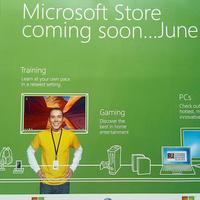 Az iPhone 4 érkezésével egy időben nyit a Microsoft Store