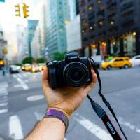 Eljött a vlogolás 2.0 kora, megjelent a FiLMiC többkamerás felvétele iPhone-ra
