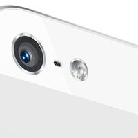 28 fotóst rúgtak ki az iPhone miatt