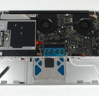 Kibelezték az új MacBookot
