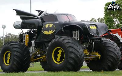 1440 X 900 batmobile batman monster truck_1.jpg