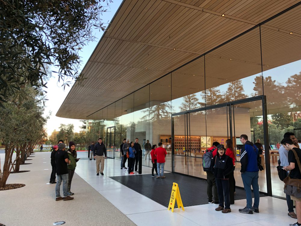 43-apple-park.jpeg