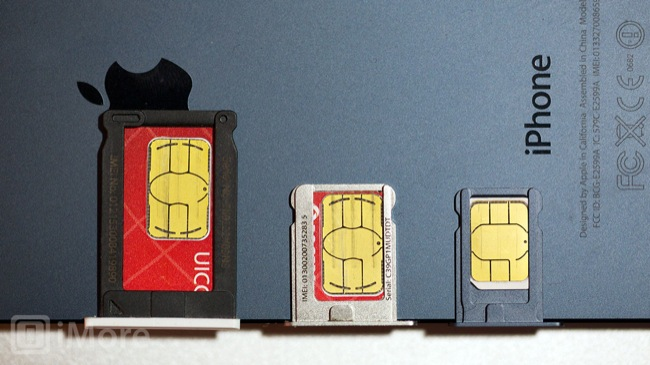 macro_mini_vs_micro_vs_nano_sim_trays_iphone_5.jpg