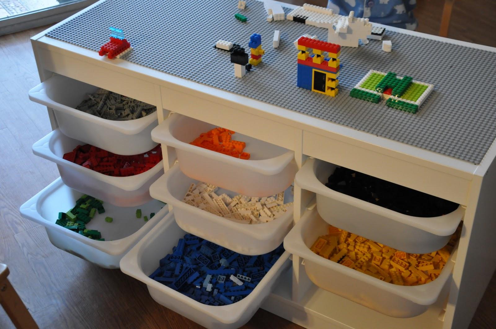 lego_table.JPG