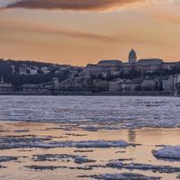 Így utazik le a több tonna jég a Dunán - Képriport