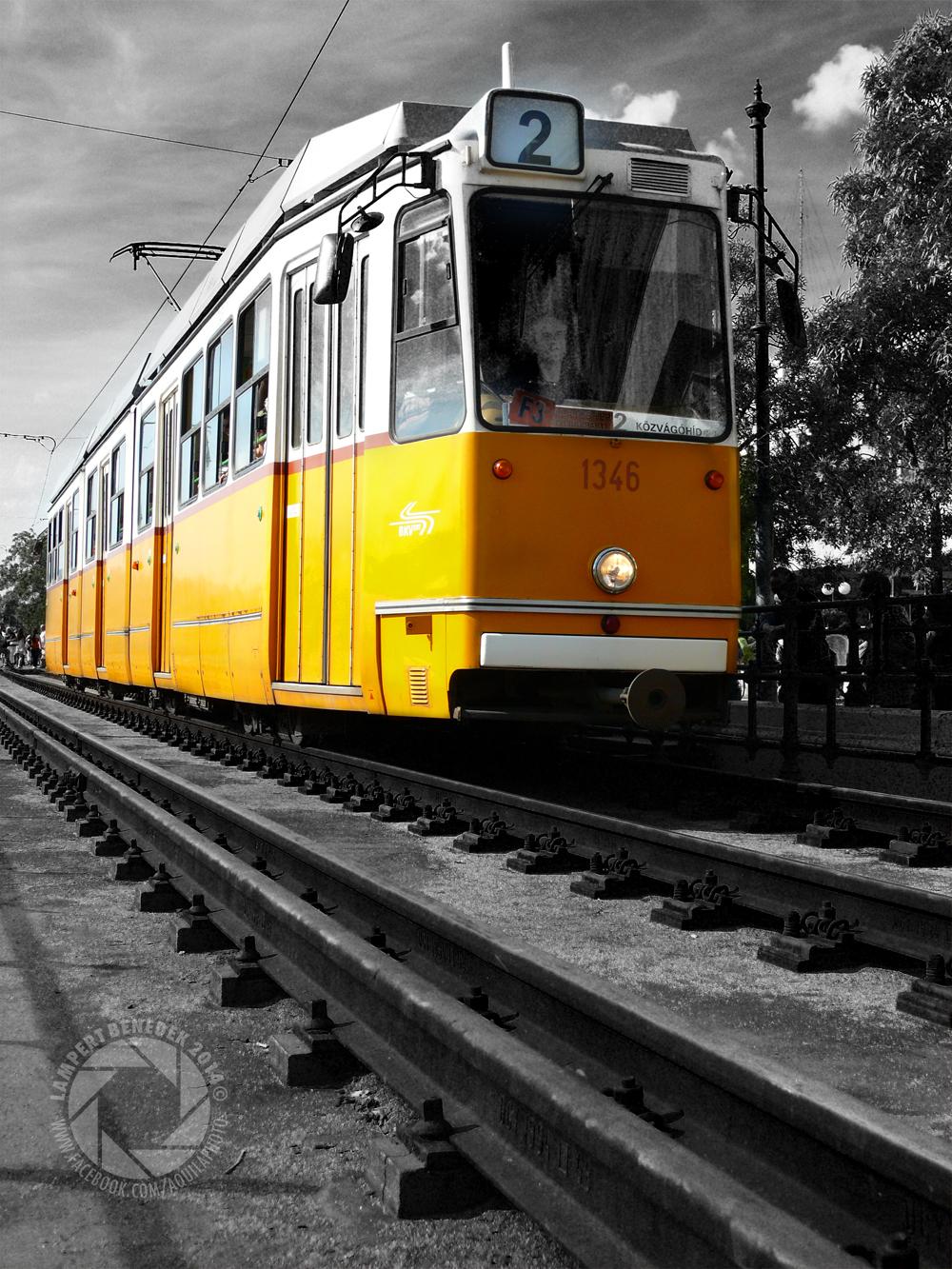 Egy kötelező kép a sárga villamosunkról!