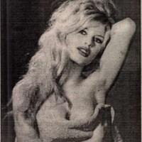 Brigitte Bardot 85