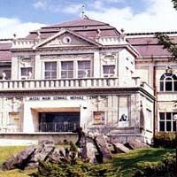Újraválasztották a tatabányai színház igazgatóját