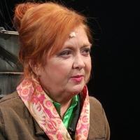 Börcsök Enikő lesz Kurázsi mama Veszprémben