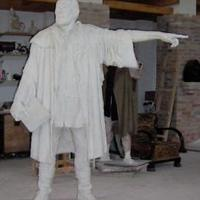 Bessenyei szobor