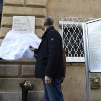 Emléktáblát avattak Garas Dezső színművész szülőházán Budapesten