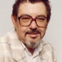 Elhunyt Ruszt József