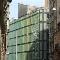Rendkívüli 200 milliót kap a Magyar Színház