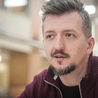 """Székely Csaba: """"Orbán Viktor a magyar Rambo, aki jóváteszi Trianont"""""""