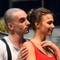 Gengszterek szerelme a Csokonai Színházban