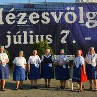 Egy fesztivál, ahol a Veresegyházi Asszonykórus tagjai a hostessek