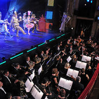 Súgót és ügyelőt keres az Operettszínház