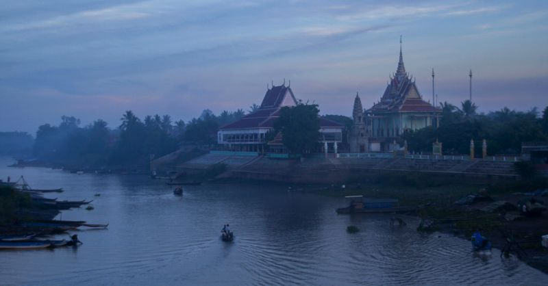 3-cambodia0477_1.jpg
