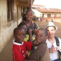 A világ az iskolában - Iskolai együttműködés Sierra Leonéval
