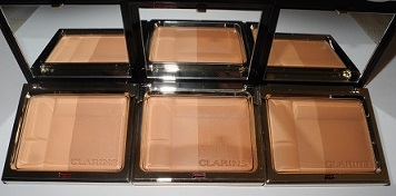 Clarins-Bronzing-Duo-SPF-15-Mineral-Powder-Compact-in-Light-Medium-and-Dark-Review-and-Swatches-2.jpg