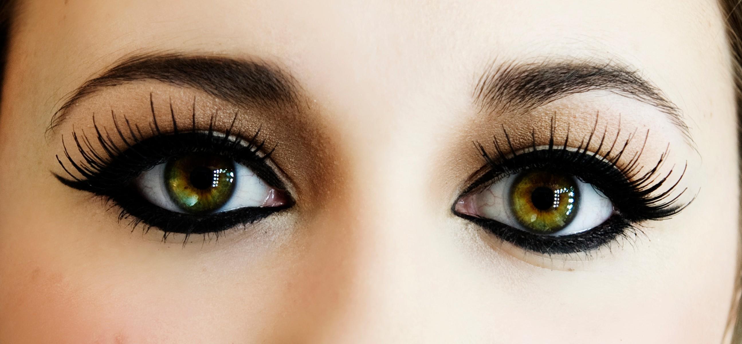 perfect-eye-makeup-false-eyelashes-long-eyelashes-eyelashes-Eye-makeup-eye-shadow-eyeliner-Makeup-03.jpg
