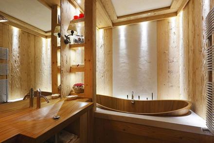 Wooden-Apartment-italy12.jpg