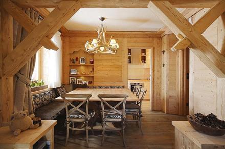 Wooden-Apartment-italy2.jpg