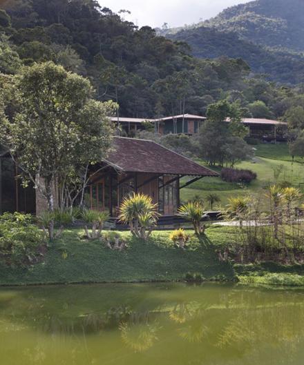 Itaipava-House-by-Cadas-Architecture-Enpundit-4.jpg