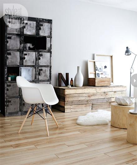 interiors-pale-playful-livingfea.jpg