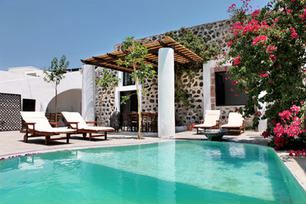 5158d6d6af72emodern-vacation-rentals-greece-exterior-2.jpg