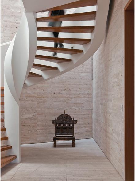 05-escada-caracol-marcelo-rosenbaum-casa-pai.jpeg